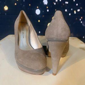 Brand new taupe suede Antonio Melani heels